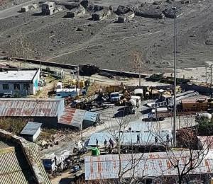 A oração de Francisco pelas vítimas do desastre no Himalaia